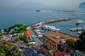 Der Hafen von Sorrent